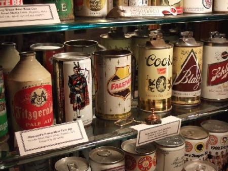 museo-de-latas-de-cervezas-antiguas